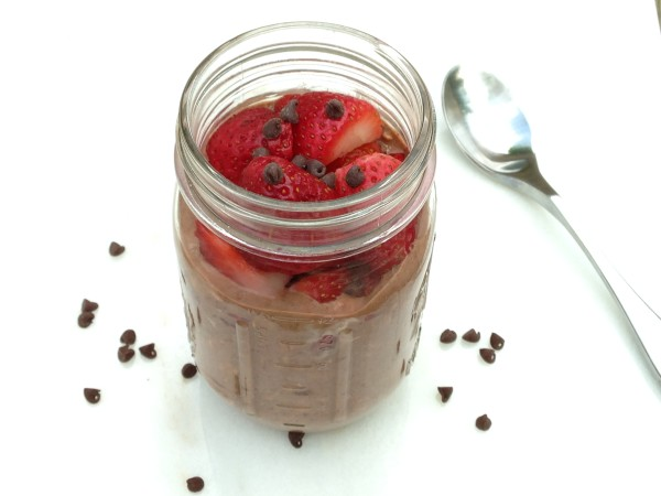 Chocolate Covered Strawberry Overnight Oats - Nutrition ...